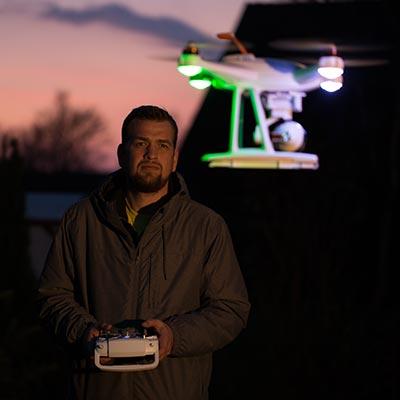 Marco mit der Drone Videoproduktion